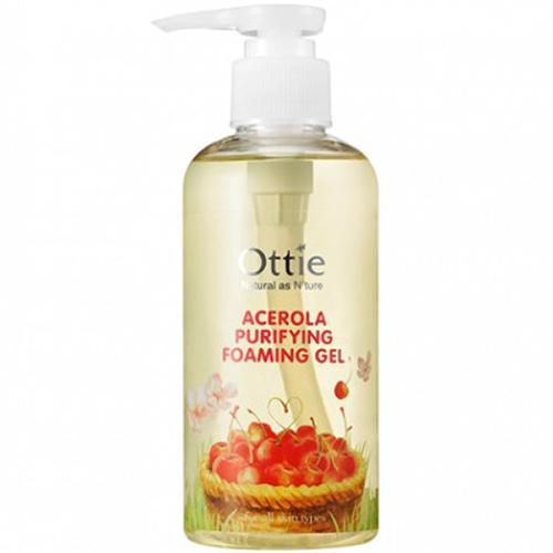 Ottie Acerola Purifying Foaming Gel