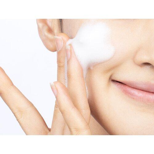 VT Cosmetics Super Hyalon Foam Cleanser